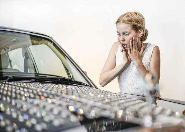 красивый автомобиль для женщины